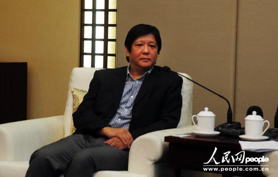 菲律宾参议员小马科斯 加强中菲民间交往