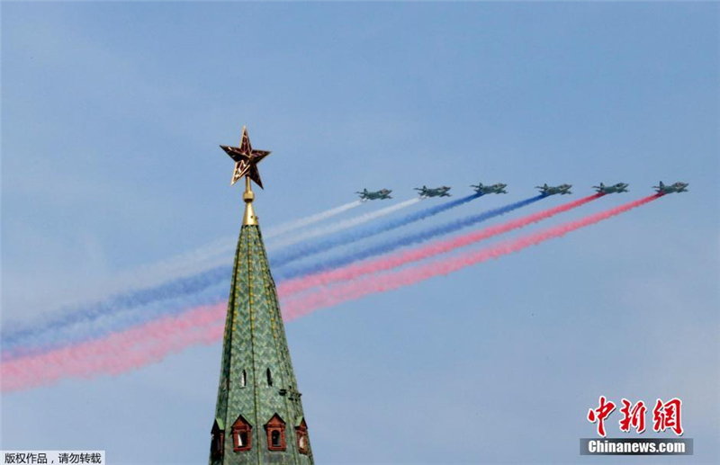 水晶高清】俄罗斯举行纪念卫国战争v水晶70周a水晶图集七巧板视频图片