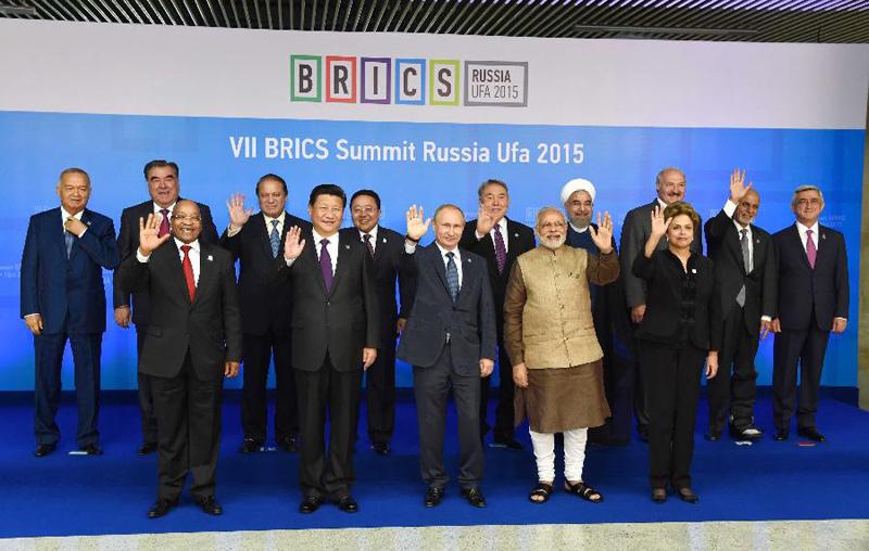 平出席金砖国家领导人第七次会晤和上合组织成员国元首理事会第十图片