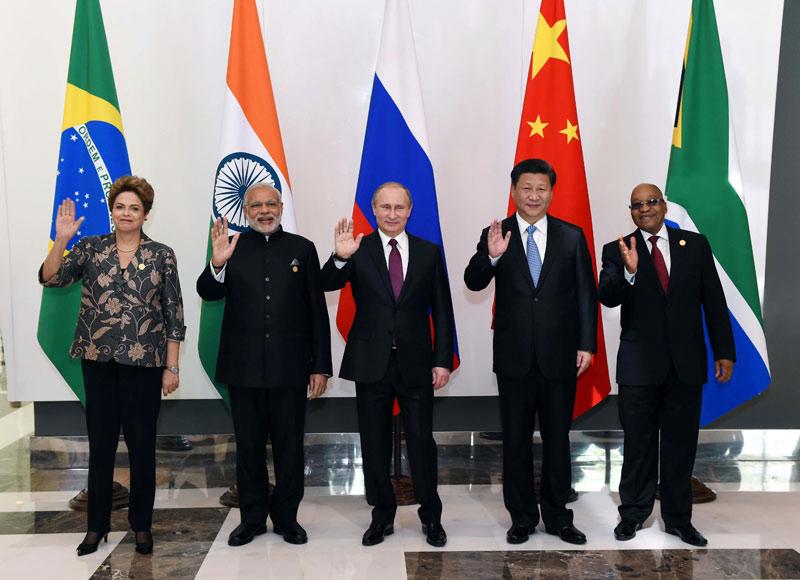 月15日,金砖国家领导人非正式会晤在土耳其安塔利亚举行,国家主图片