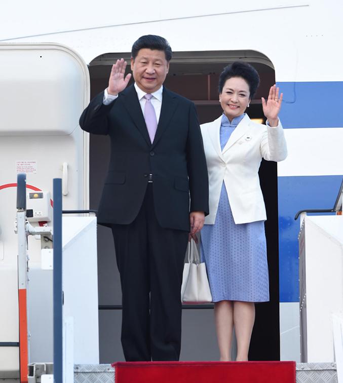 11月6日,国家主席习近平抵达新加坡,开始对新加坡进行国事访问.