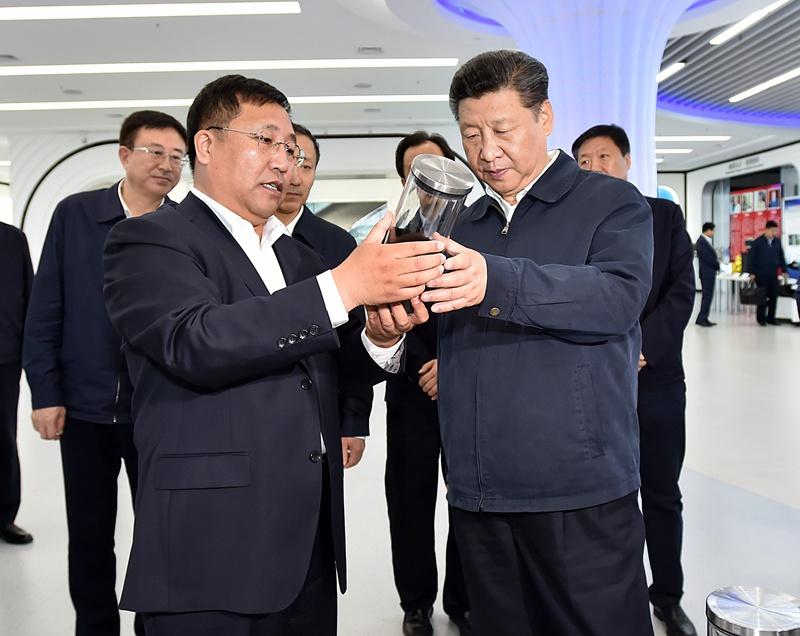 下一届国家主席_习近平会见老挝国家主席朱马里