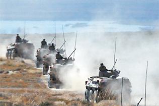 第七展区:实现强军目标 建设世界一流军队