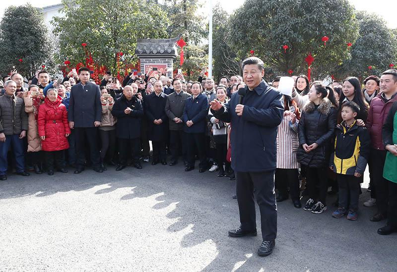 高清图集:习近平春节前夕赴四川看望慰问各族干部群众