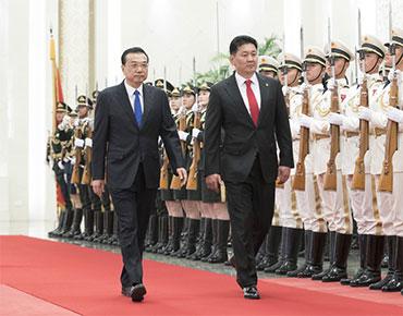 李克强同蒙古国总理呼日勒苏赫举行会谈
