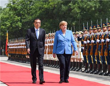 李克强同德国总理默克尔举行会谈