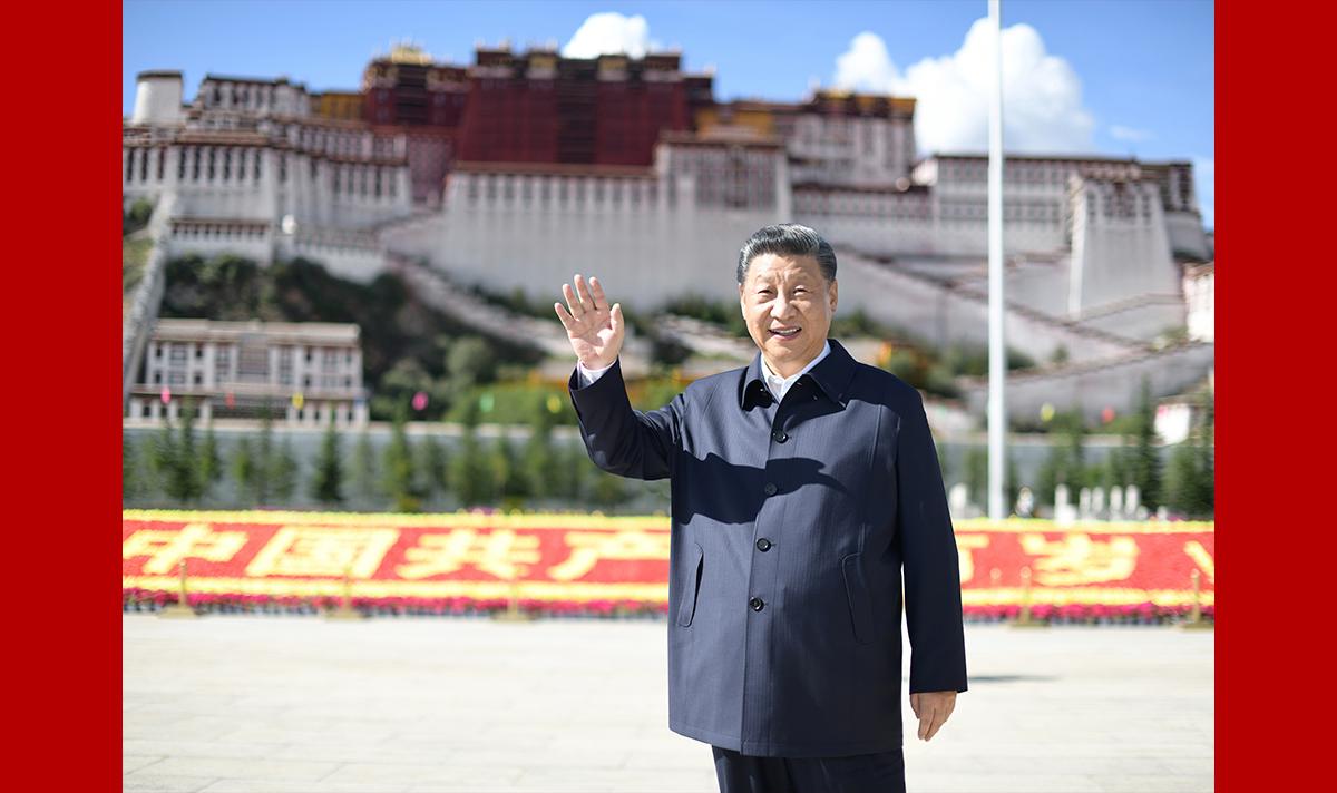 �(xi)近平在西(xi)藏考察