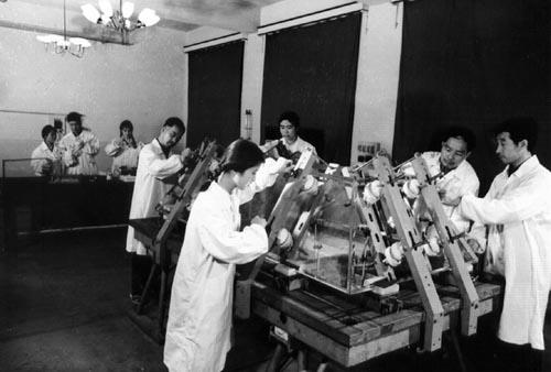 参加毛主席纪念堂水晶棺研制的回忆--中国共