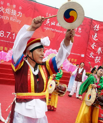 火延吉站传递 朝鲜族舞蹈夺人眼球